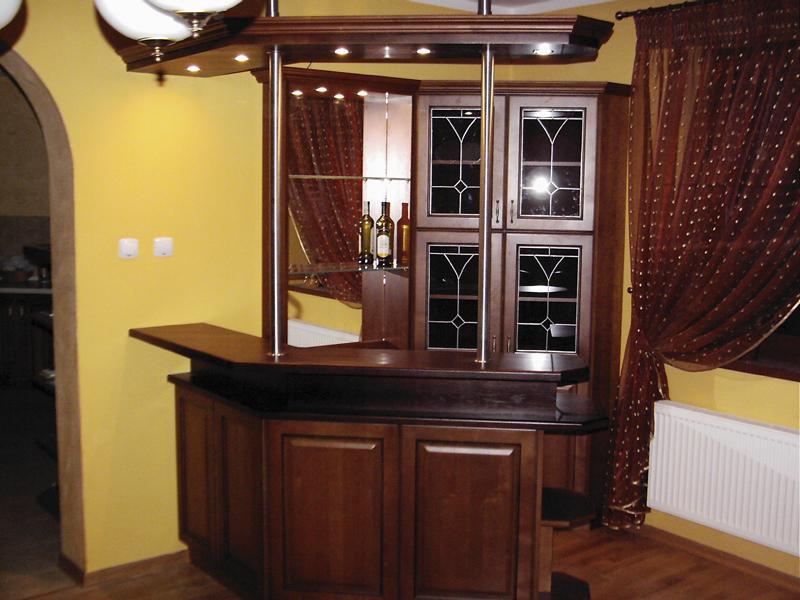"""Galeria kuchni klasycznych wykonana przez """"Kuchnie ANNA"""""""